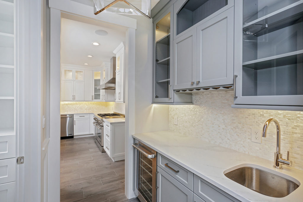 Kitchen-Butlers-Pantry-6